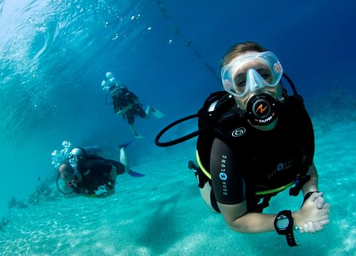Diving Day Trips & Daily Diving Boat from El Gouna