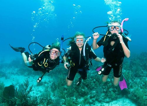 Diving Day Trips & Daily Diving Boat in Hurghada